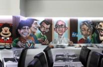 MURAL GRAFFITI CON CARICATURAS EN RESTAURANTE