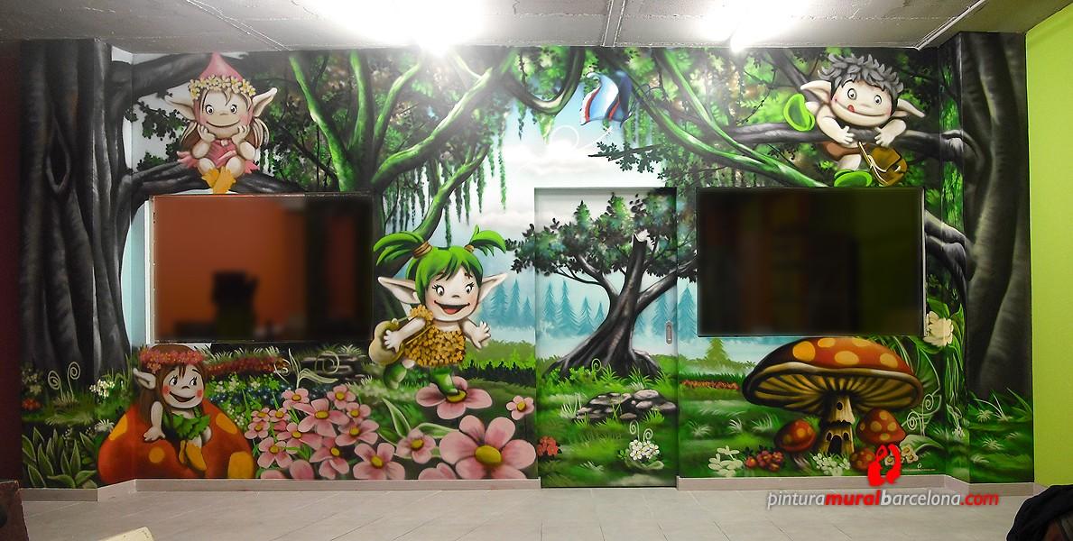 Mural graffiti bosque infantil pintura mural barcelona - Murales de pared pintados a mano ...