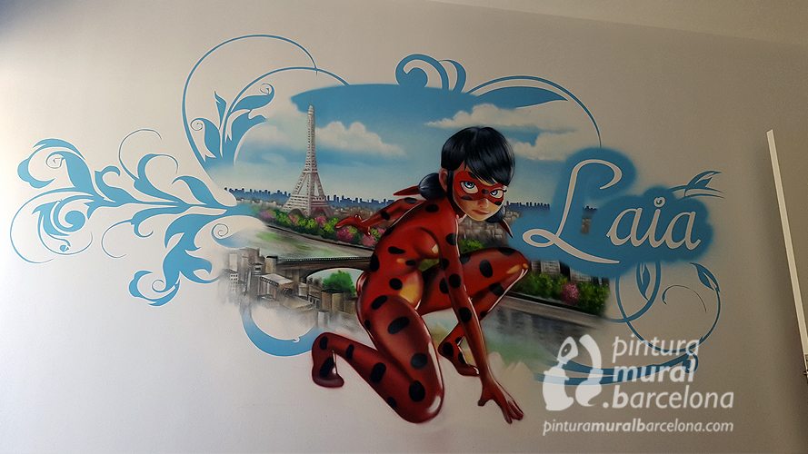 mural-graffiti-lady-bug-marinette-laia