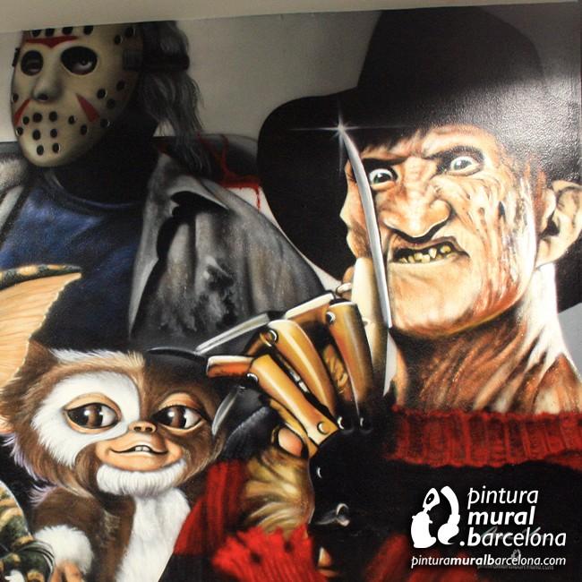 graffiti-peliculas-freddy-terror-mural-gremlins-jason