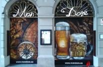 Persiana bar Mon Doré pintada