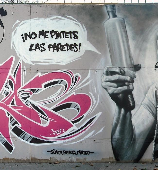 ¡NO ME PINTEIS LAS PAREDES! – Mataró (Spain). ©2010 [Espray]