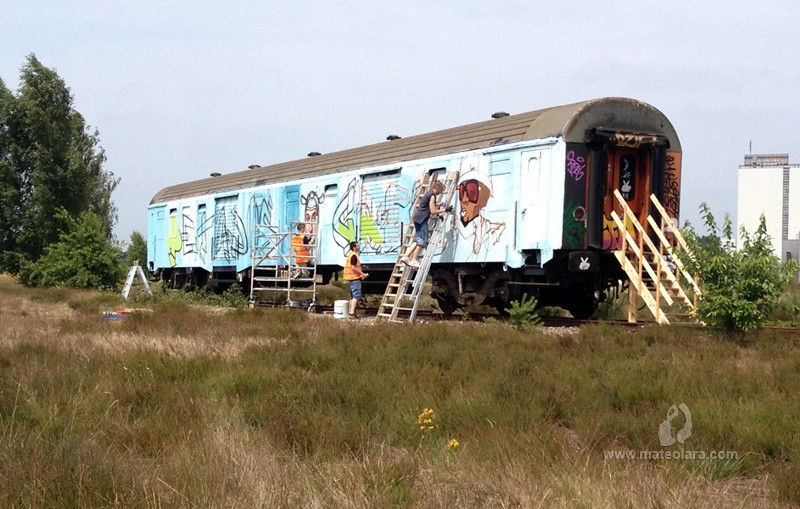 petados-tren-graffiti-action