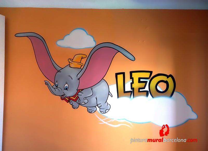 Dumbo habitaci n infantil 2014 pintura mural for Mural graffiti