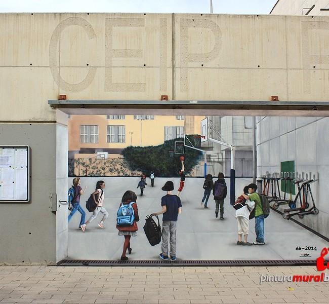 MURAL GRAFFITI TRAMPANTOJO PUERTA COLEGIO ©2014 [Spray]