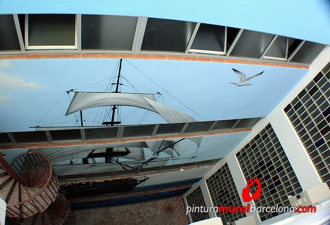 mural-grande-graffiti-patio-interior-barco