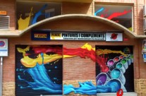 GRAFFITI MURAL EN PERSIANAS Y FACHADA PARA TITAN