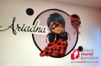 MURAL GRAFFITI LADYBUG