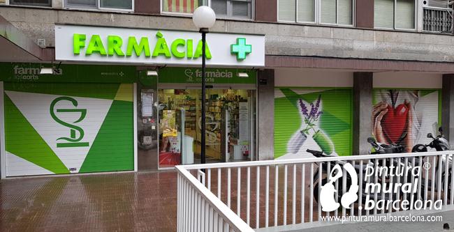 graffiti-persianas-farmacia-les-corts-barcelona