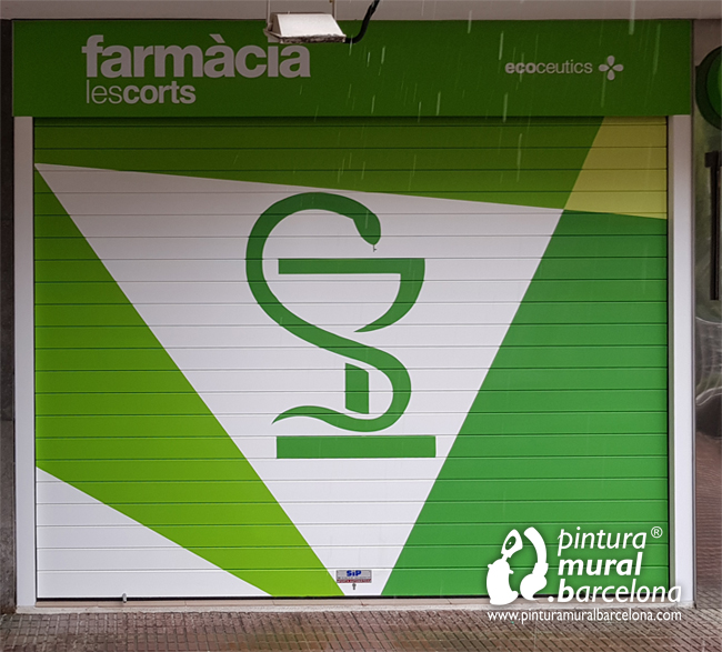 logotipo-pintado-persiana-farmacia