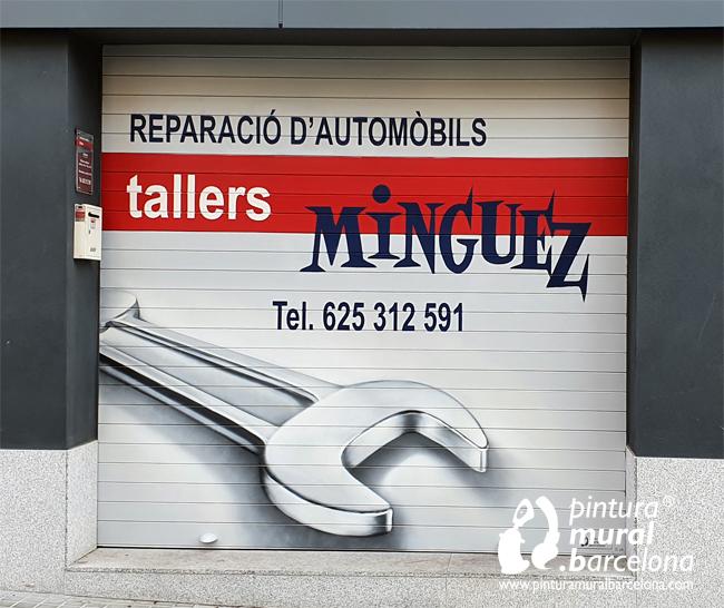 persianas-pintadas-taller-mecánico-llave-teléfono