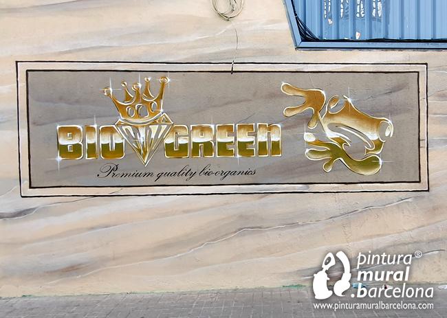 mural-graffiti-pintado-logotipo-oro-dorado-bio-green