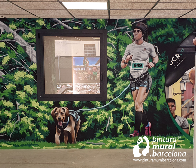 mural-graffiti-olllu-racers-spartan-training-woman